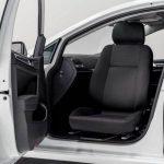 クラウン助手席を回転シートに改造できる?