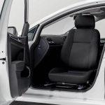 運転席・助手席を回転シートに改造できるターンアウト