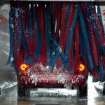 ルーフに車いす収納リフトを装着したクルマは洗車が大変!