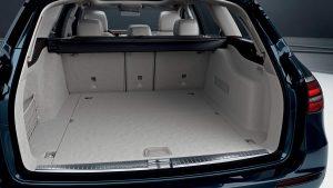 メルセデス・ベンツEクラスステーションワゴンを車いす収納装置「カロリフト40」付き福祉車両に改造