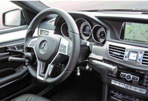 コラム式手動運転装置「CT08ハンドコントロール」