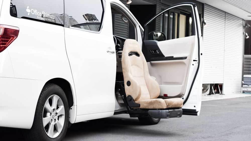 福祉車両改造事例-トヨタ アルファード×後付けリフトアップシート
