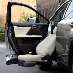 レクサス RX450h×助手席リフトアップシート ターニーエヴォ
