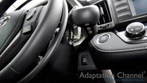 トヨタ RAV4に手動運転装置アクセルリング&ブレーキレバーを導入