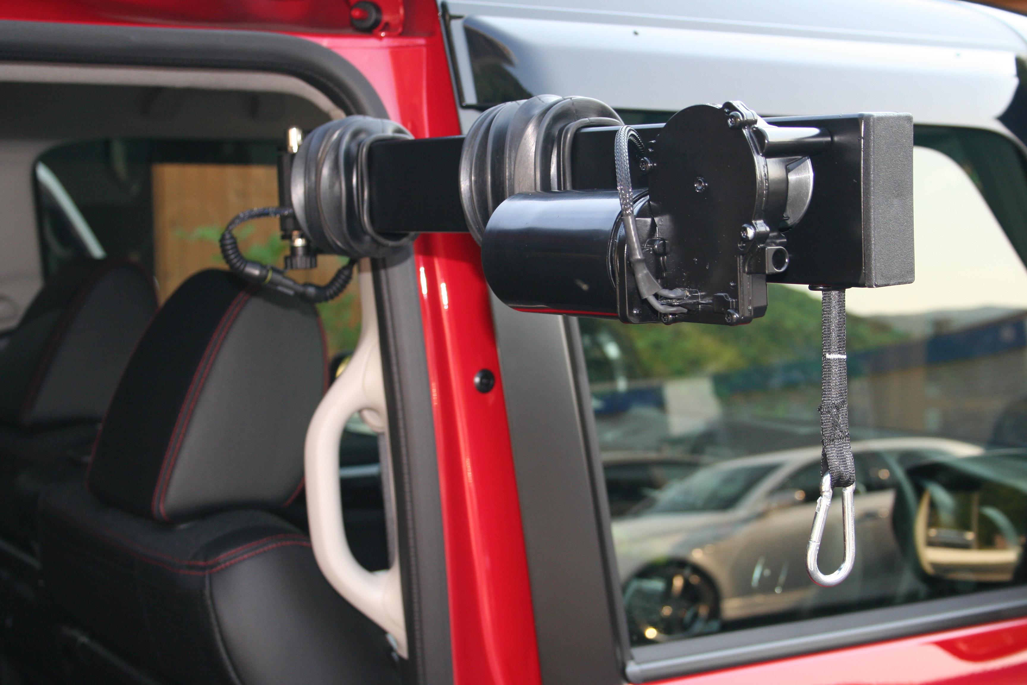 ホンダ N-BOX×車いす収納装置 ピラーリフト