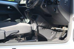 """フォルクスワーゲン UP!に、ブラウンアビリティ製(旧:オートアダプト)手動運転装置""""カロスピードメノックス""""を導入。"""
