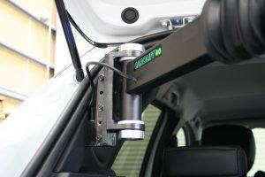 ルノー CAPTUR(キャプチャー)に、ブラウンアビリティ製車いす収納装置 カロリフト40を導入。