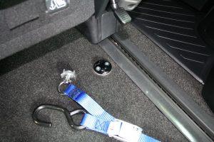 トヨタ アルファードに、スウェーデン・フィエル製車いすスロープ フィエルランプBGR25-3を導入。
