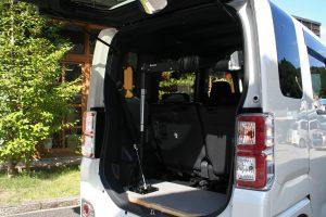【車いす収納装置】車いすの積み込みについての相談。ダイハツWAKE×カロリフト40