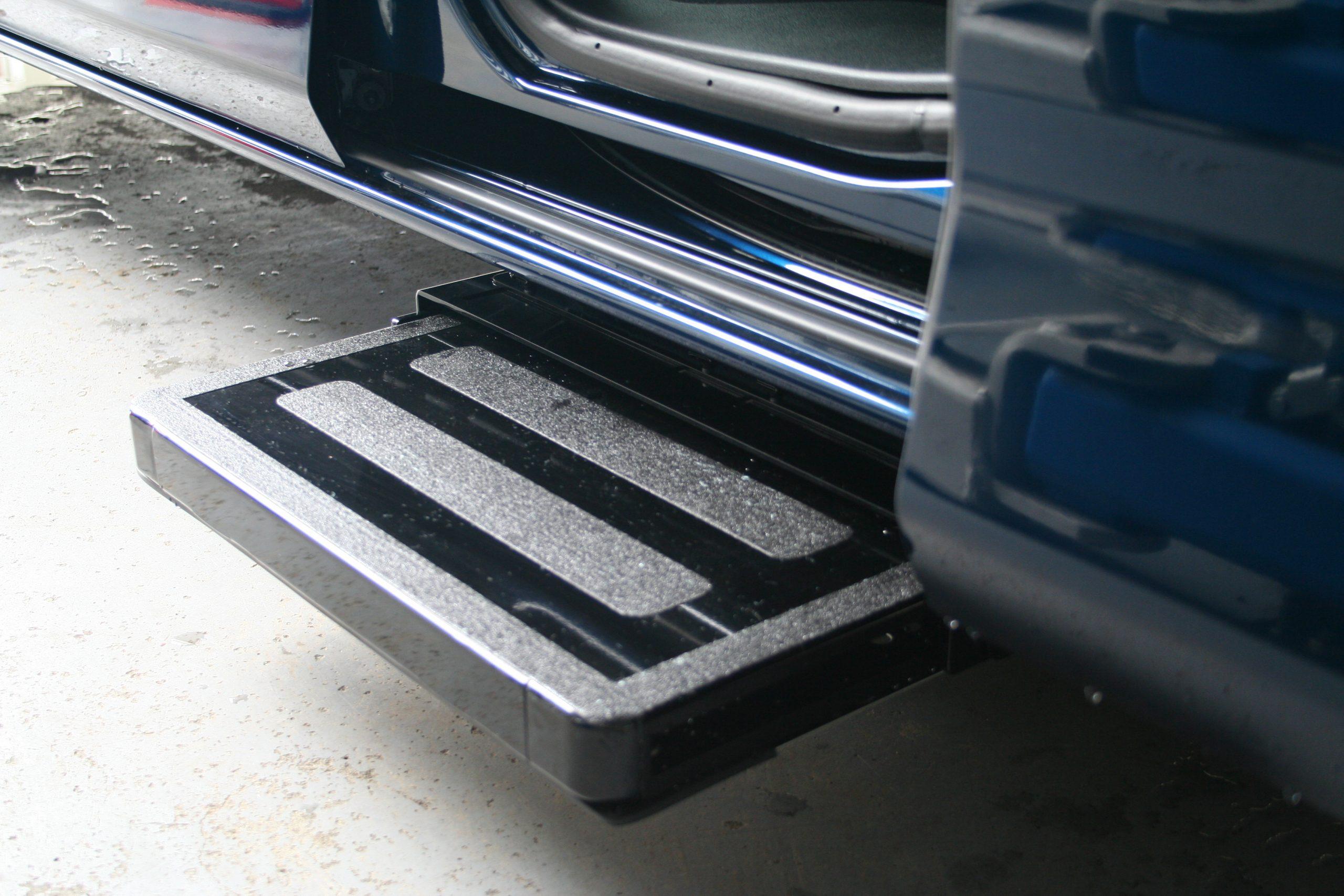 福祉車両改造事例-トヨタ ルーミー×後付け補助ステップ