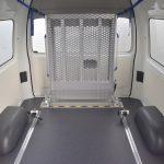 福祉車両改造事例-トヨタ ハイエース×後付け車いすスロープ